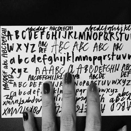 Macy Tilt by Mix Fonts